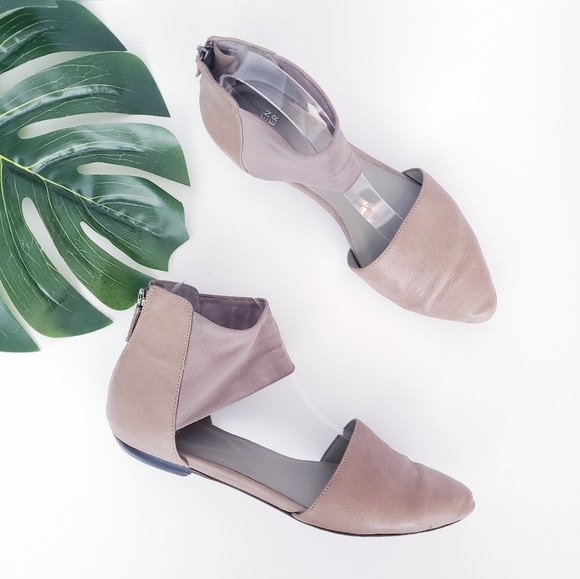 Eileen Fisher Allot Round Toe Leather Flats